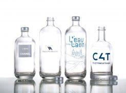 Bauchige Glasflaschen zum Nachfüllen